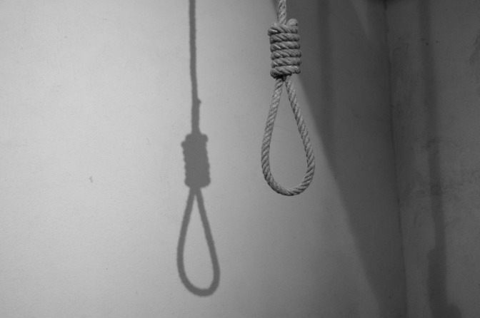 Se suicida porque la dejó su pareja